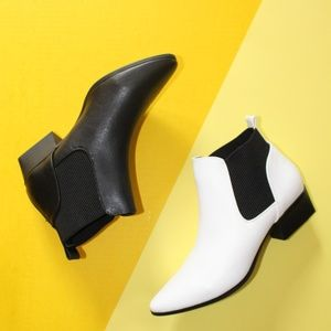 Shoes - 🆕//The Carli//Black vegan leather Bootie